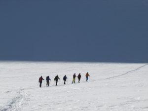 snowshoing trekking