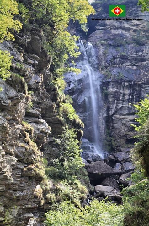 Valle Verzasca- Vale Verzasca - ticino - waterfall